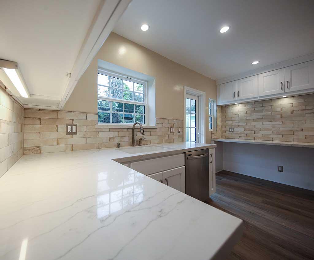 Kitchen Remodel in Studio City Picture 2