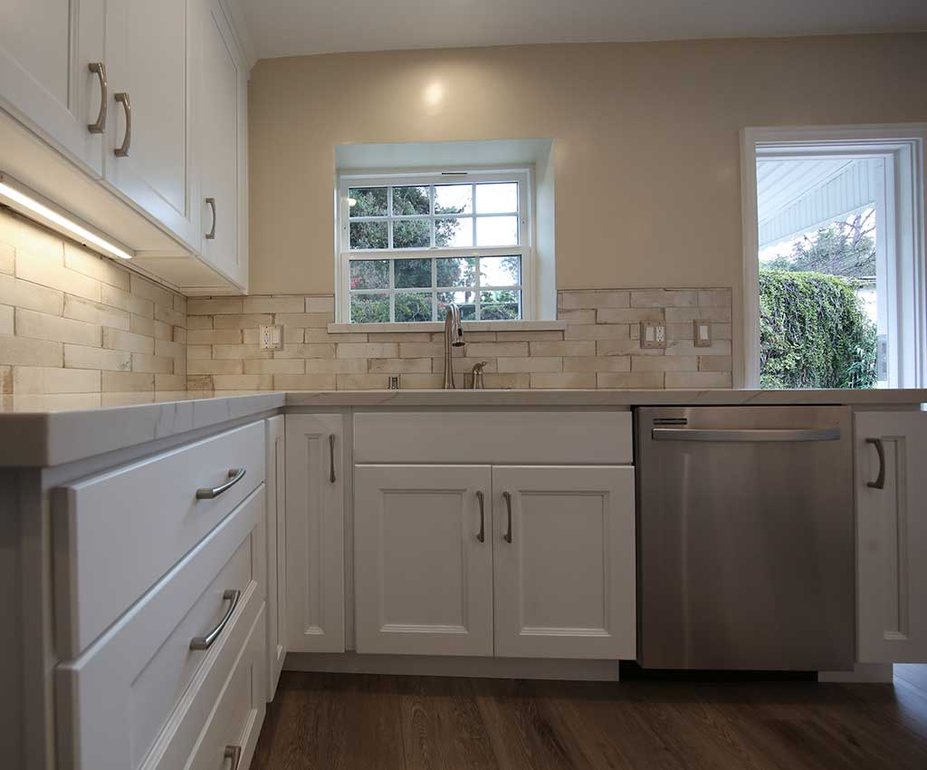 Kitchen Remodel in Studio City Picture 7