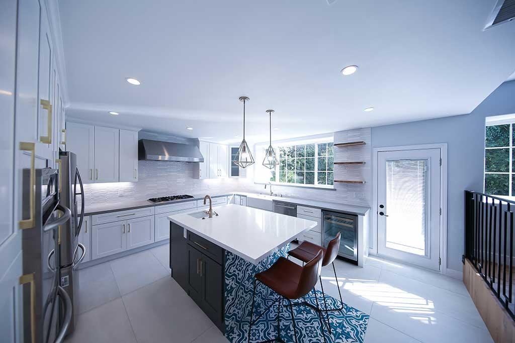 accent kitchen tile