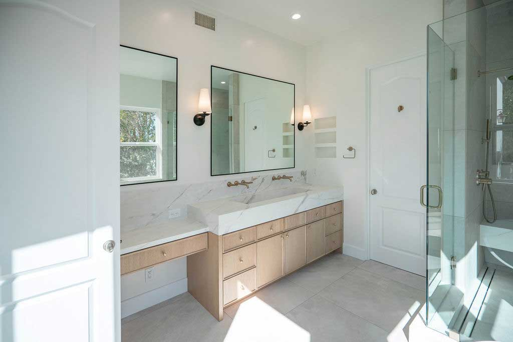 Luxuruous Bathroom